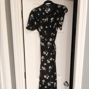 Lulus black floral maxi in size XS